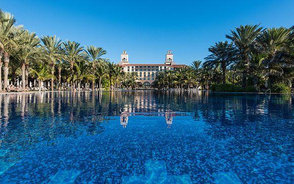 Hotel Lopesan Costa Meloneras 4*