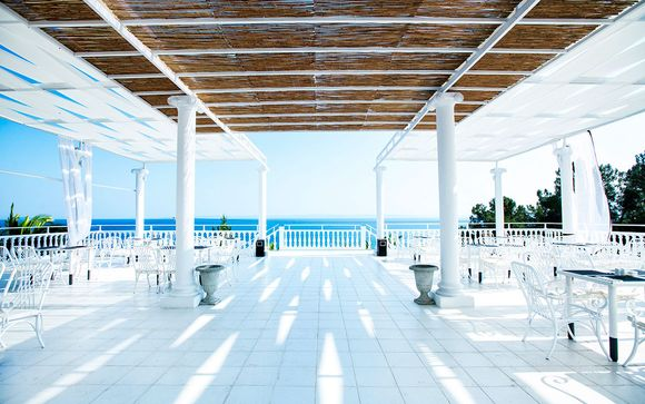 Bianco Olympico Beach Hotel 4*