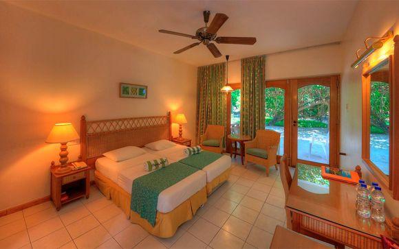 3, 5, 7 o 9 noches en Maldivas en  Fihalhohi Island Resort