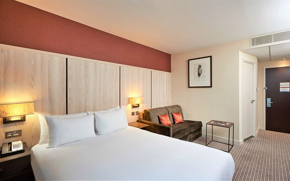 Doubletree by Hilton ExCel 4*