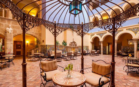 España Mérida - Hotel Ilunion Mérida Palace 5* desde 75,00 €