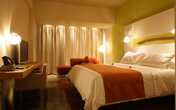 E Hotel Spa & Resort 4*