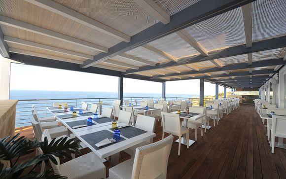 Hotel Venus Sea Garden 4*