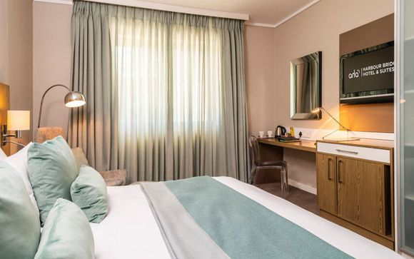 Harbour Bridge Hotel & Suites