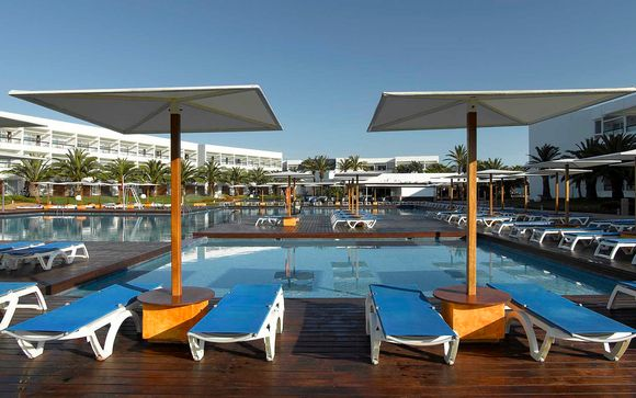 Complejo Grand Palladium Palace Ibiza & White Island Ibiza Resort & Spa 5*