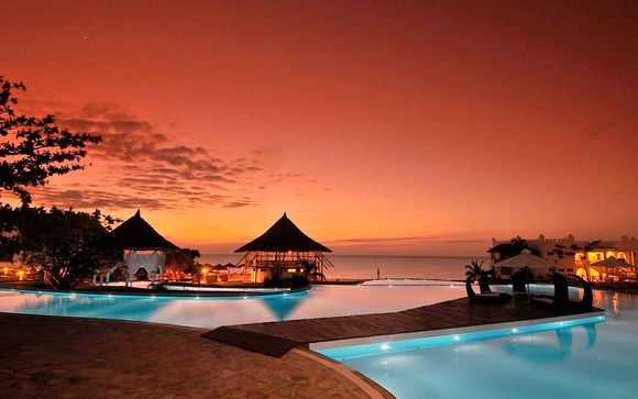 Jacaranda Indian Ocean Beach Resort 4*
