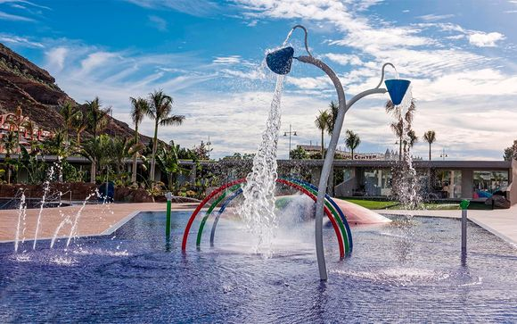 Radisson Blu Resort & Spa Gran Canaria Mogan 5*