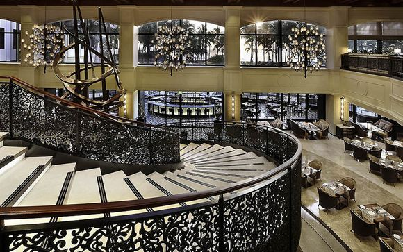 Sofitel Philippines Plaza 5*