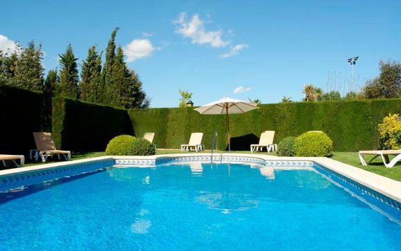 Hotel Ad Hoc Parque 4*