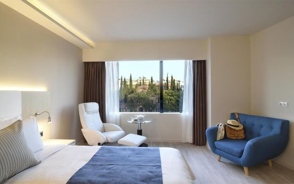 Athens Avenue Hotel 4*