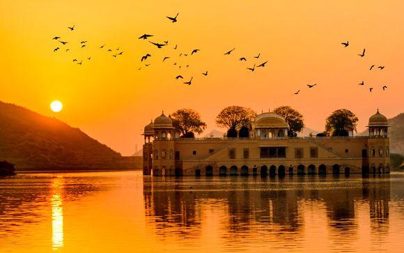 Triángulo Dorado con Khajuraho y Varanasi