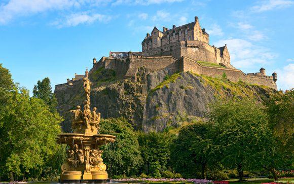 Ancienne journaliste, je suis aujourdhui guide professionnelle basée à Edimbourg et rédactrice de guides de voyage.