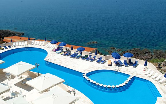Castelsardo Resort Village 4*