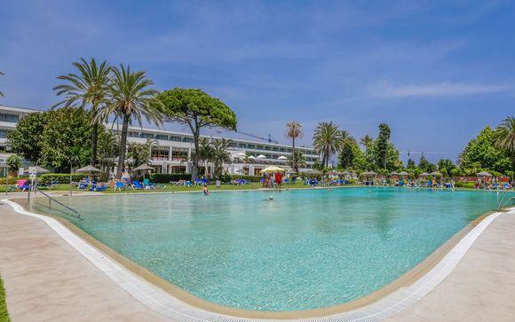 Poussez les portes de votre l'hôtel Atalaya Park Golf 4*