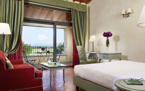 Poussez les portes du UNA Poggio dei Medici Golf & Resort4*