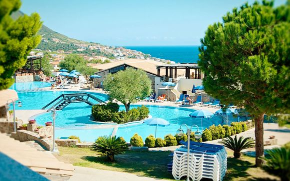 Club Esse Cala Gonone Beach Village 4*
