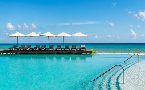 Ocean Riviera Paradise Section Daisy 5*