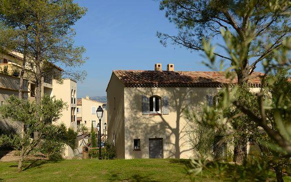 Poussez les portes du Résidence Pierre & Vacances Les Coteaux de Pont Royal 4*