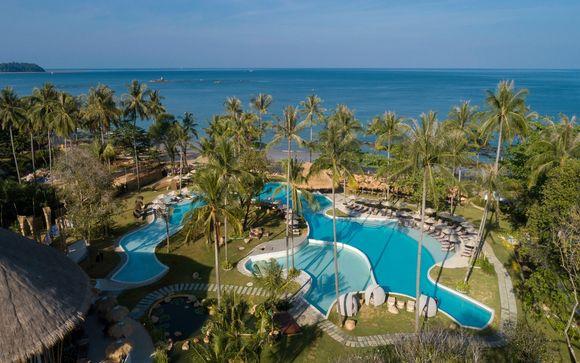 Poussez les portes de l'hôtel Eden Beach Khaolak 5*