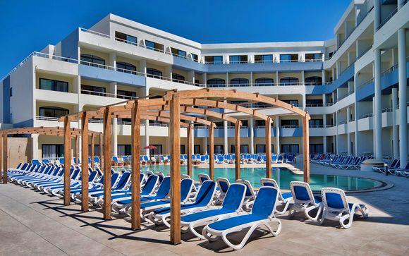 Poussez les portes de l'hôtel Labranda Riviera and Spa 4* à Malte