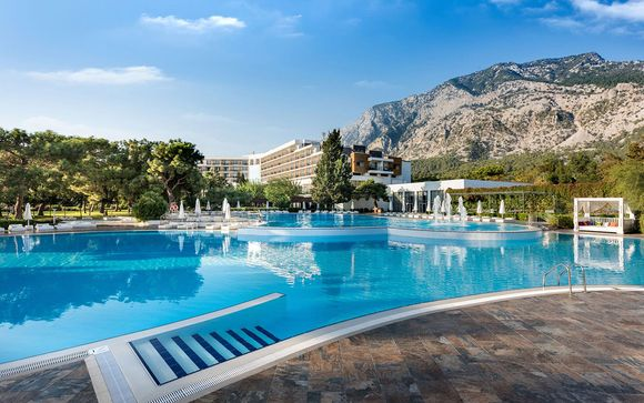 Hôtel Rixos Beldibi 5*  avec entrée au parc Land of Legends