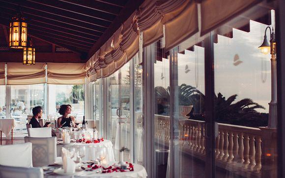 Ou poussez les portes de l'hôtel Arona Gran 4* - Adult Only (ou similaire) à Tenerife Sud