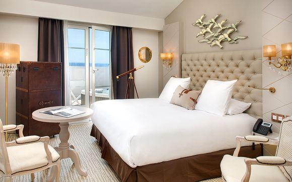 Grand Hotel des Sablettes Plage, Curio Collection by Hilton 4*