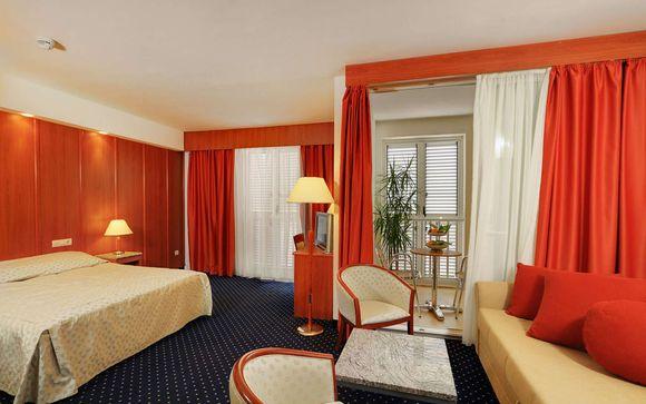Marko Polo Hotel 4*
