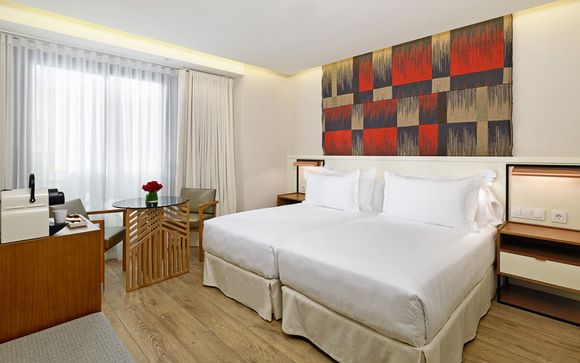 L'H10 Hotel Cubik 4*