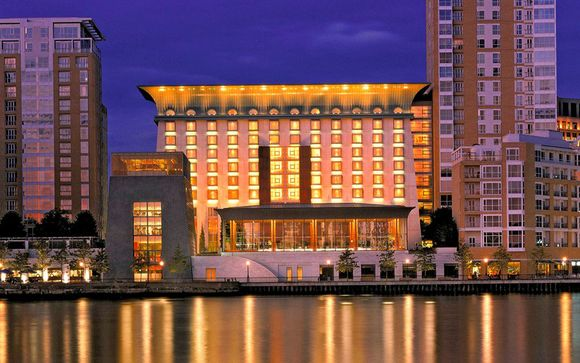 Canary Riverside Plaza Hotel 5*