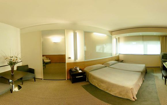 L'Hotel NH Laguna Palace 4*