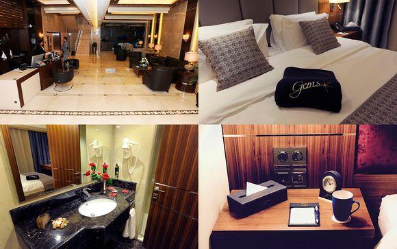 Hotel previsti durante il soggiorno o similari