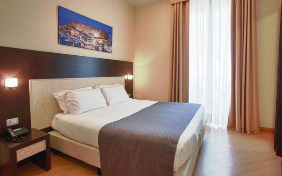 L'Hotel Naples 4*