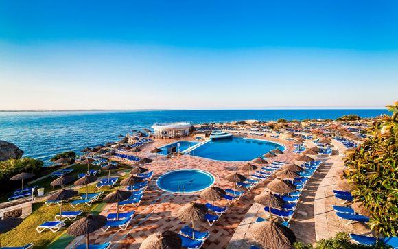 Club Hotel Almirante Farragut 4*