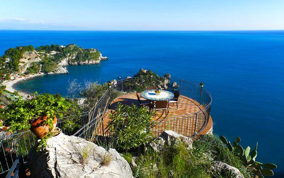Panorami sul mare in lussuoso 5* a pochi passi da Taormina