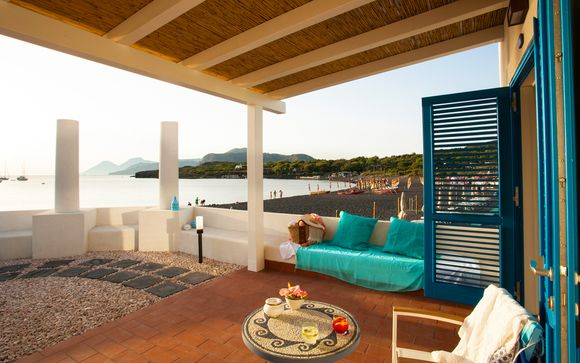 Elegante 4* con spiaggia privata e panorami mozzafiato