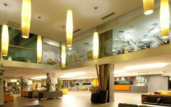 L'Hotel Nuba Comarruga 4*