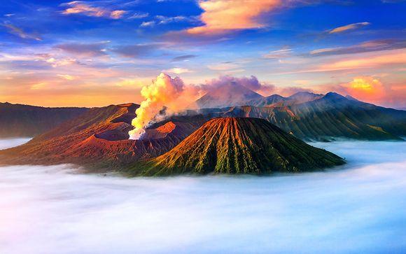 L'Indonesia tra vulcani spettacolari e spiagge mozzafiato