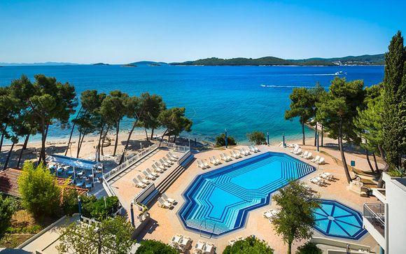 Aminess Grand Azur Hotel 4*