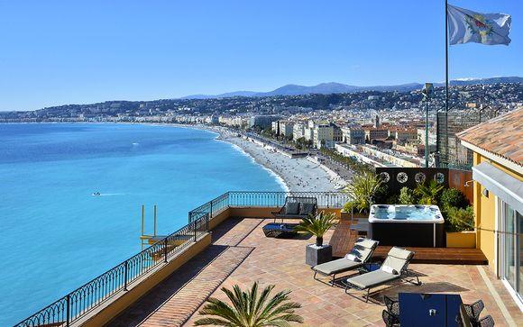 Hotel La Perouse 4*