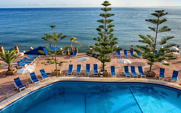 Hotel La Playa Blanca 4*