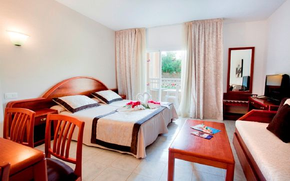 Aparthotel Playa Mar & Spa 4*