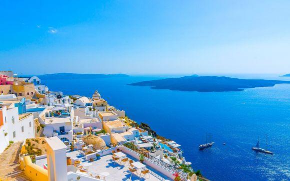 Soggiorni in Luxury Suites tra i colori di Santorini