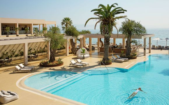 Luxury Collection: Lavish Retreat Surrounded by Majestic Greek Scenery