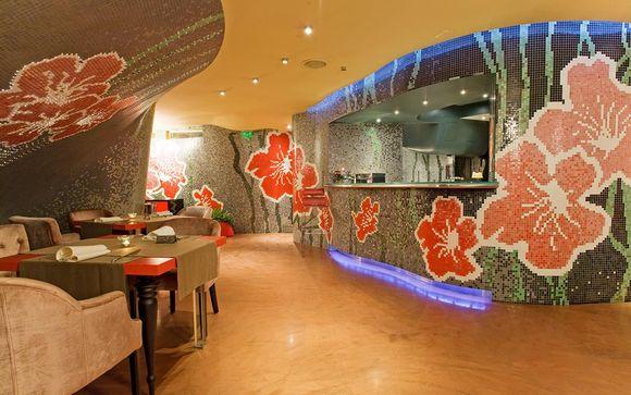 Les Fleurs Boutique Hotel 4*