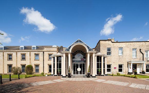 Mercure York Fairfield Manor Hotel 4*