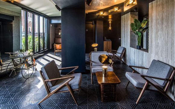 Contemporary Hotel in Fashionable Chelsea