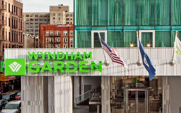 Wyndham Garden Chinatown 4*
