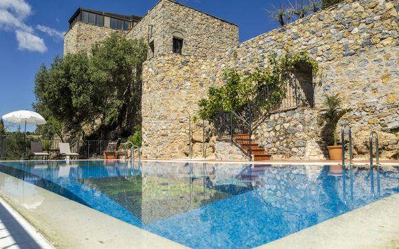 Castillo de Monda 3*