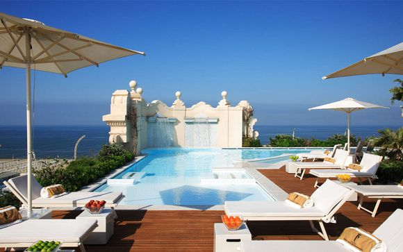 Prestigious Hotel on Viareggio's Seafront